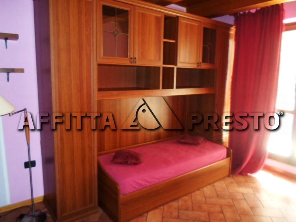 Appartamento in affitto a Cesena, 1 locali, zona Località: CENTROSTORICO, prezzo € 360 | Cambio Casa.it
