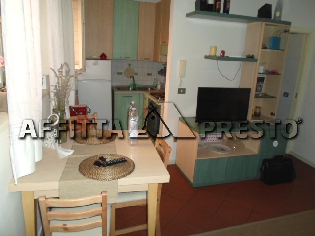 Appartamento in affitto a Cesena, 2 locali, zona Località: CENTROSTORICO, prezzo € 500 | Cambio Casa.it