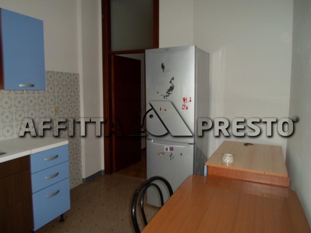 Appartamento in affitto a Cesena, 4 locali, zona Località: ZonaStadio, prezzo € 550 | Cambio Casa.it