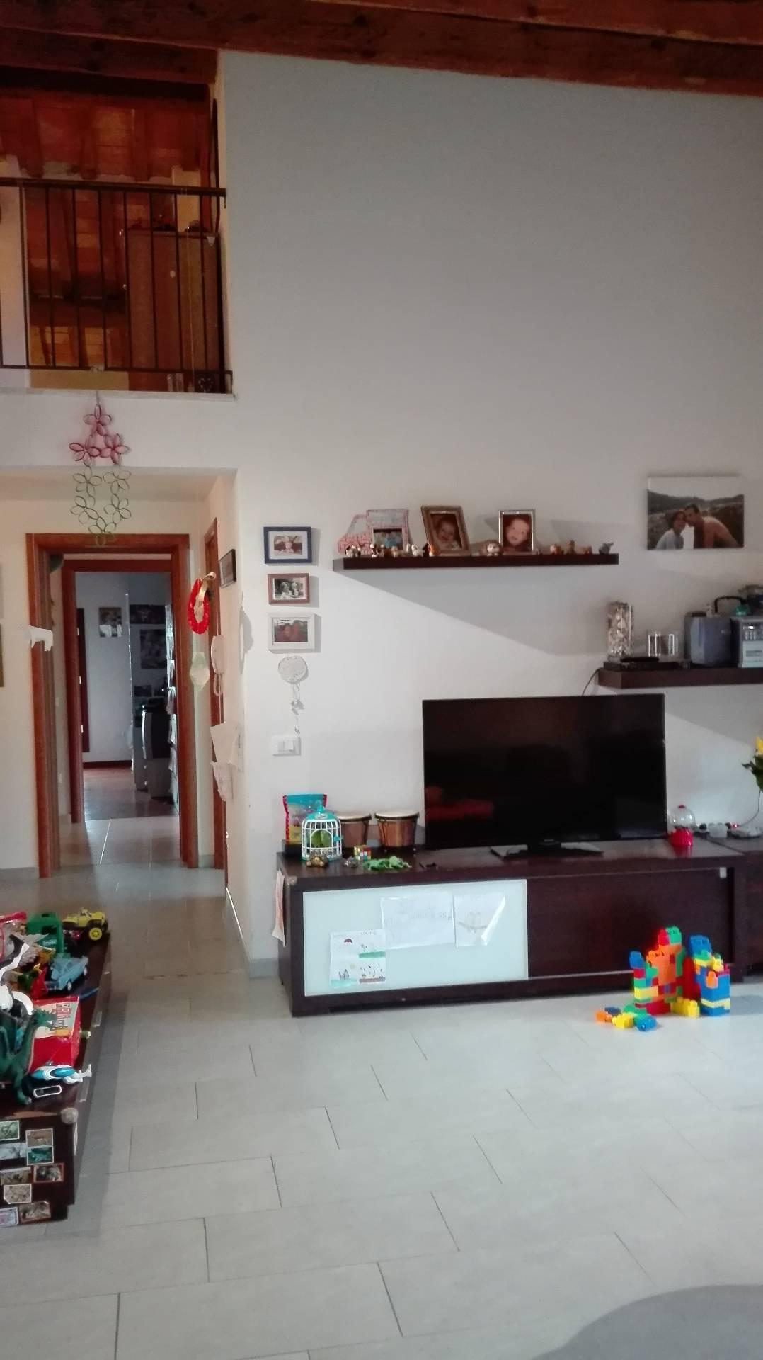Soluzione Semindipendente in affitto a Russi, 7 locali, prezzo € 600   Cambio Casa.it