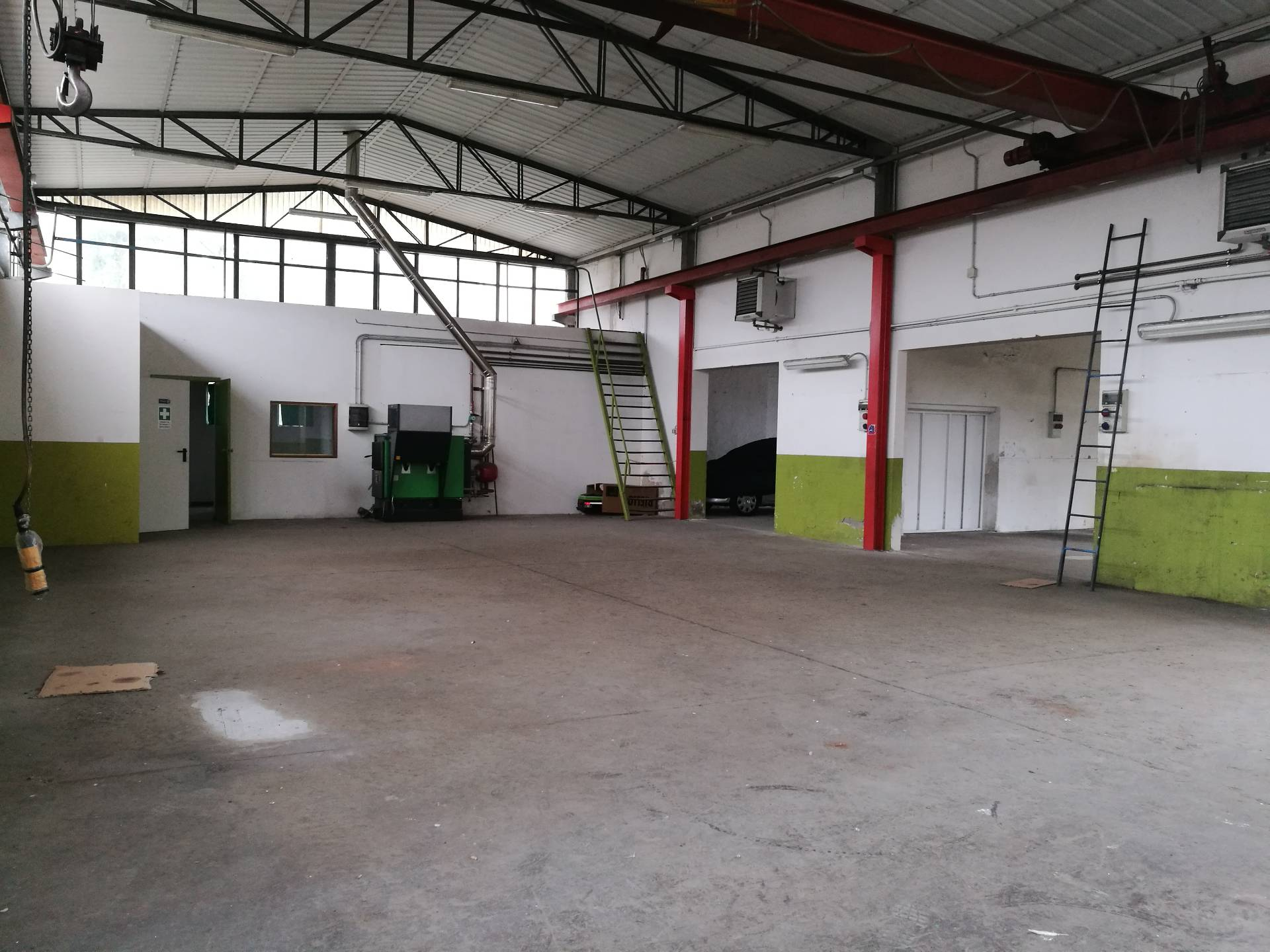 Capannone in affitto a Lugo, 9999 locali, zona Località: Ascensione, prezzo € 1.200 | Cambio Casa.it