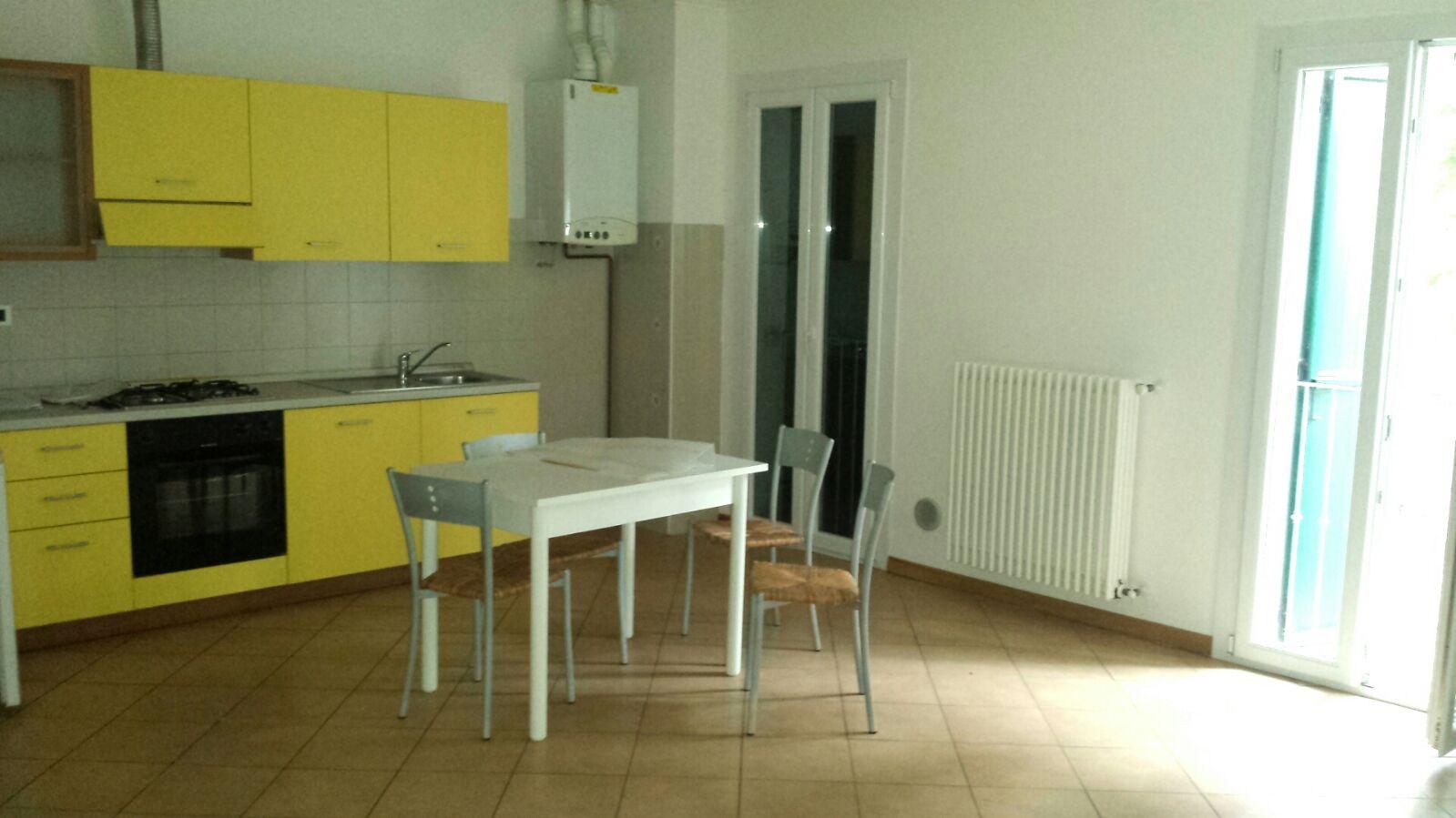Appartamento in affitto a Castel Bolognese, 4 locali, zona Località: CastelBolognese, prezzo € 430 | Cambio Casa.it