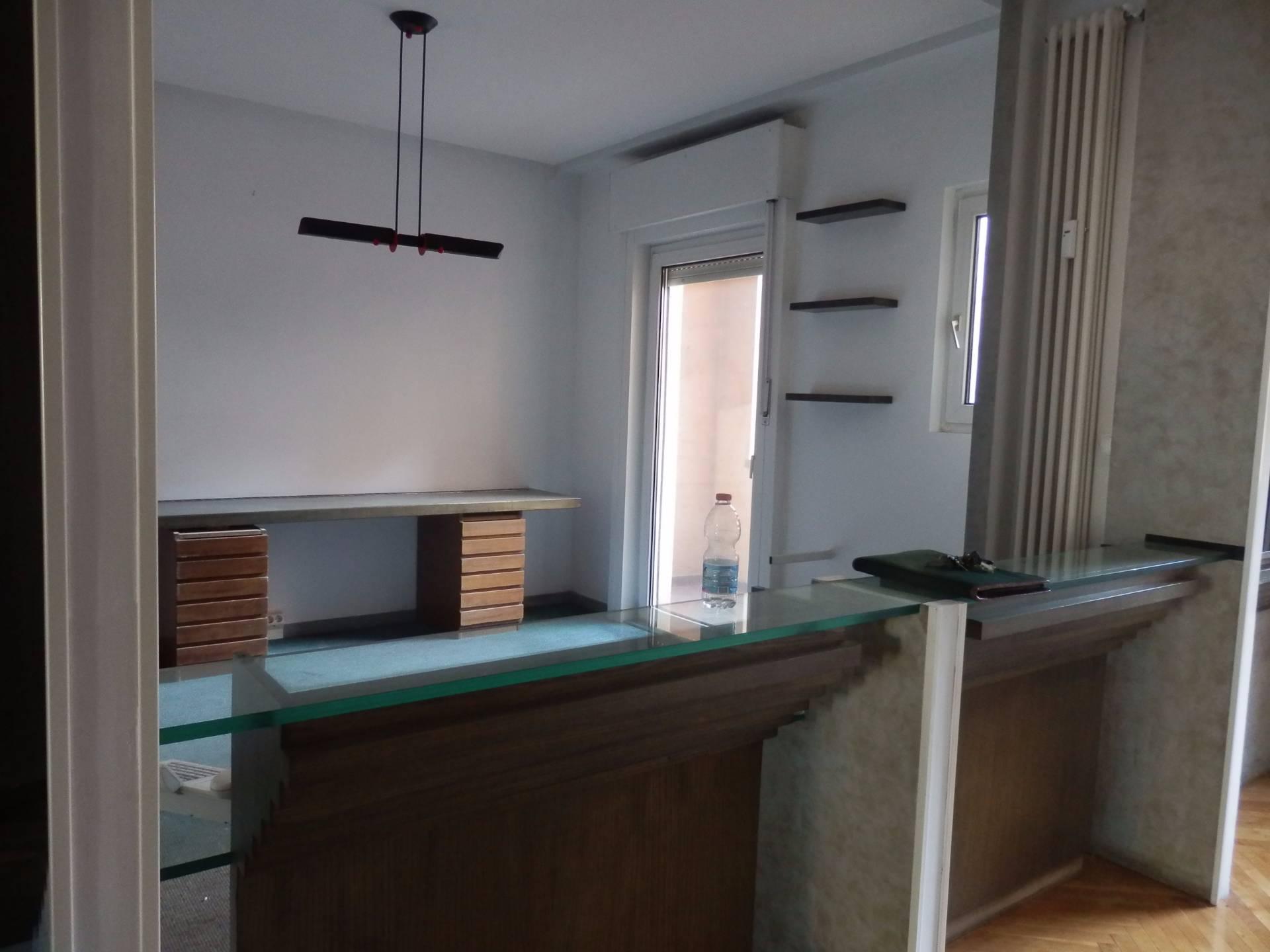 Ufficio / Studio in affitto a Bolzano, 9999 locali, zona Zona: Residenziale, prezzo € 1.300 | Cambio Casa.it