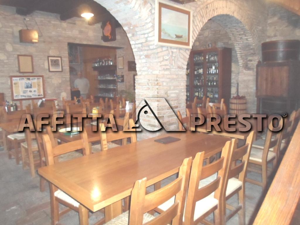 Attività / Licenza in affitto a Bertinoro, 9999 locali, zona Località: Bertinoro, prezzo € 2.200 | Cambio Casa.it