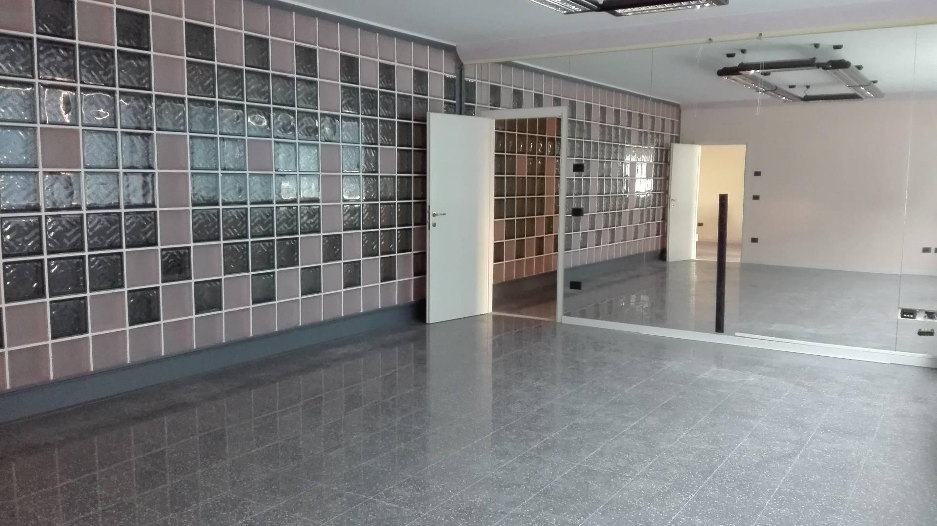 Ufficio / Studio in affitto a Lugo, 9999 locali, prezzo € 1.600 | Cambio Casa.it