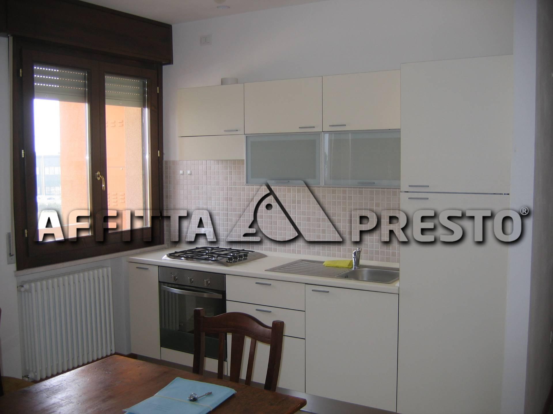 Appartamento in affitto a Cesena, 4 locali, zona Località: CaseGentili, prezzo € 520 | Cambio Casa.it