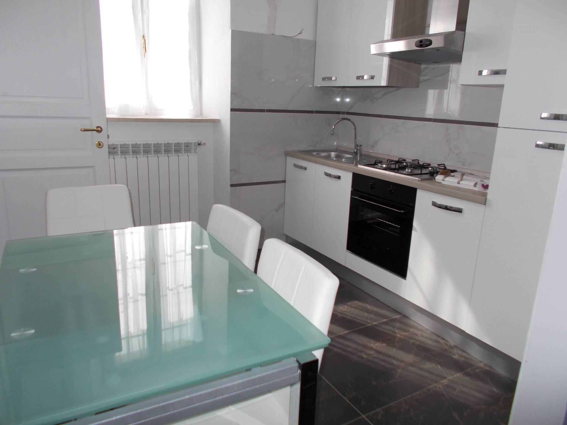 affitto appartamento voghera   450 euro  3 locali  60 mq