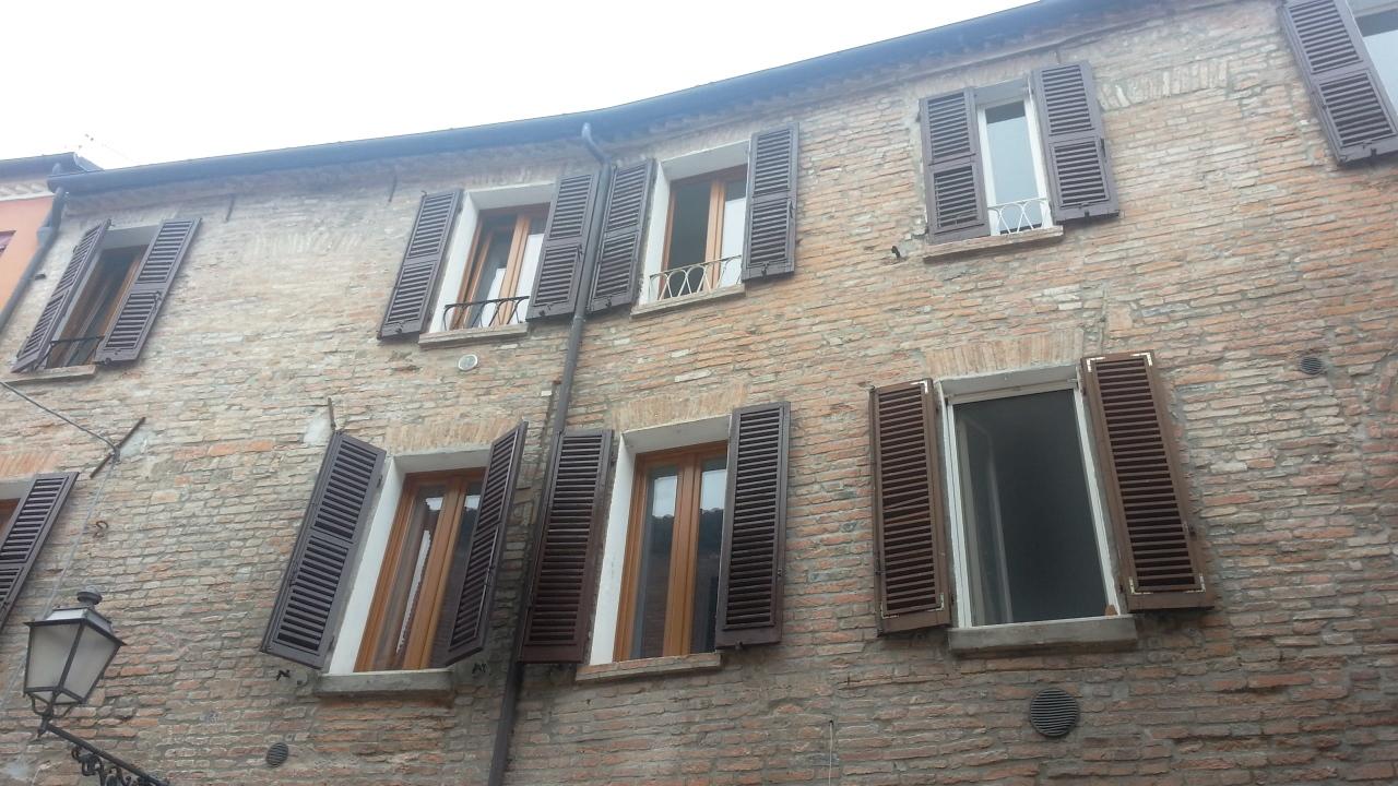 Bilocale Ferrara Ad.ze Via Saraceno 8