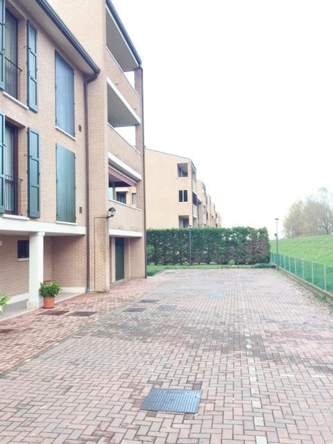 Bilocale Ferrara Borgo Punta 10