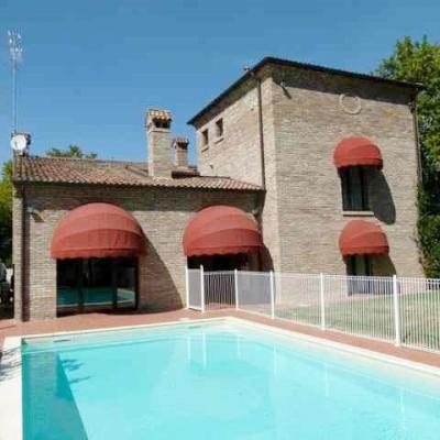 Villa in Affitto a Ferrara