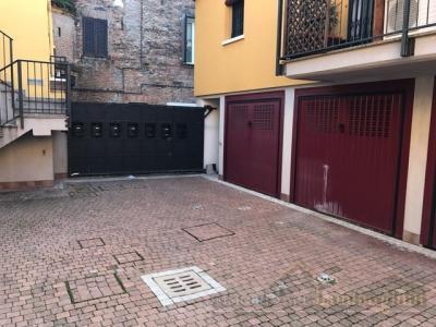 Box o garage in Affitto a Ferrara