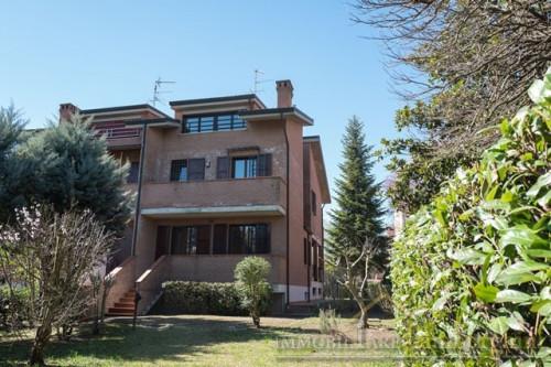 Bifamiliare in Vendita a Ferrara