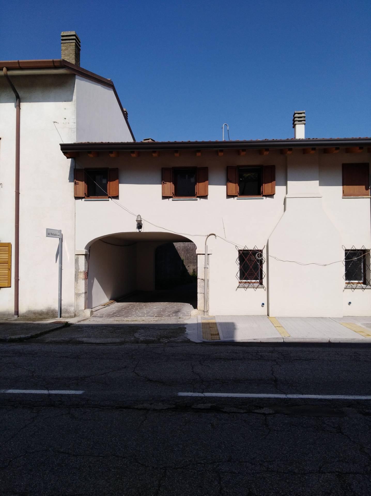 Villa a Schiera in affitto a Ruda, 3 locali, zona Zona: Saciletto, prezzo € 500 | CambioCasa.it