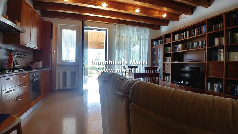 wohnung zum kauf bis garda codex ap00948. Black Bedroom Furniture Sets. Home Design Ideas