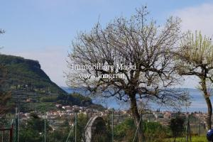 Villa zum Kauf in Costermano sul Garda