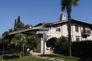 Villa for Sale in Bardolino