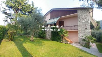 Villa for Sale in Garda
