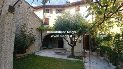Apartment for Sale in Caprino Veronese