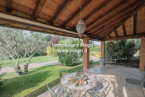 Villa for Sale in Lazise
