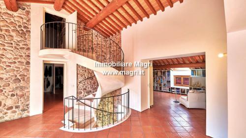 Landhaus / Rustico zum Kauf in Costermano sul Garda