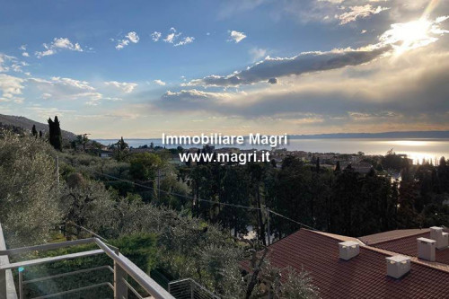 Apartment for Sale in Torri del Benaco