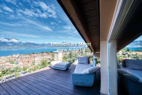 Apartment for Sale in Torri del Benaco