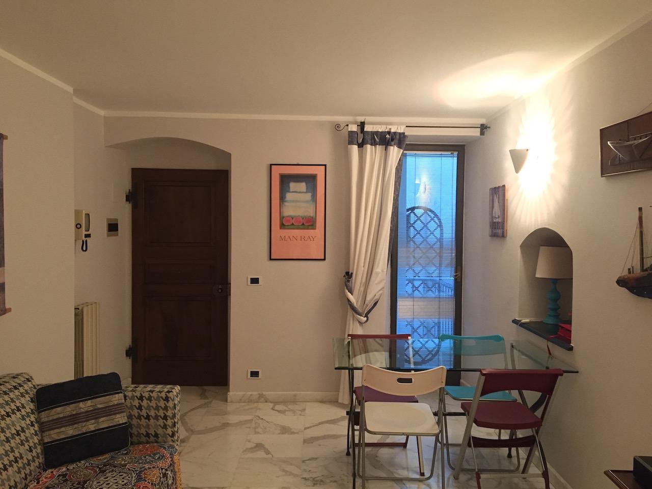 vendita appartamento sarzana centro storico  185000 euro  3 locali  45 mq