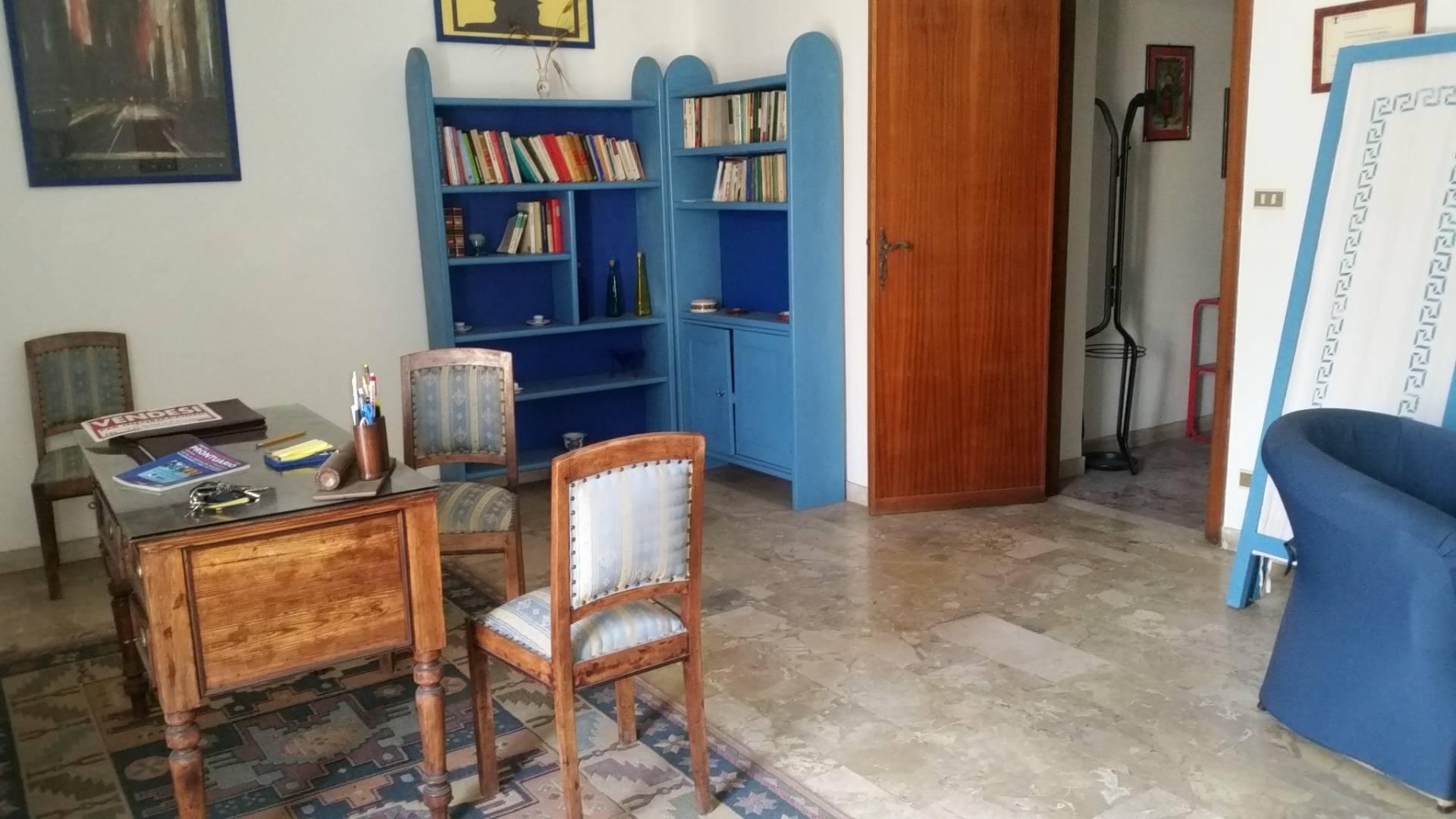 vendita appartamento barcellona pozzo di gotto   63000 euro  5 locali  120 mq
