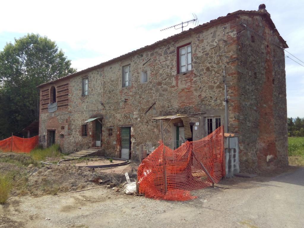 Rustico / Casale in vendita a Ponte Buggianese, 8 locali, prezzo € 149.000 | Cambio Casa.it
