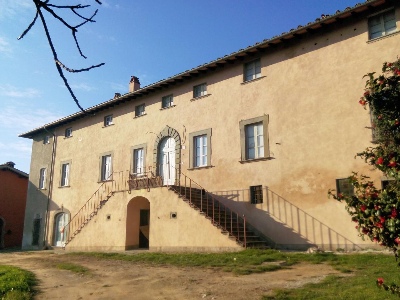 Appartamento in vendita a Massa e Cozzile, 5 locali, zona Zona: Massa, prezzo € 215.000 | Cambio Casa.it