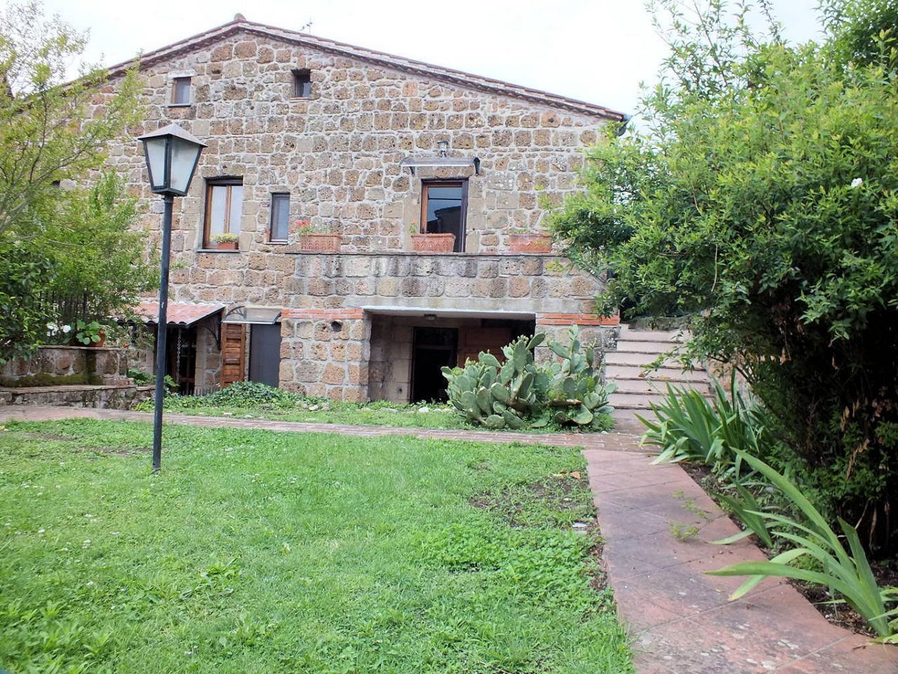 Soluzione Indipendente in vendita a Sorano, 5 locali, prezzo € 260.000 | Cambio Casa.it