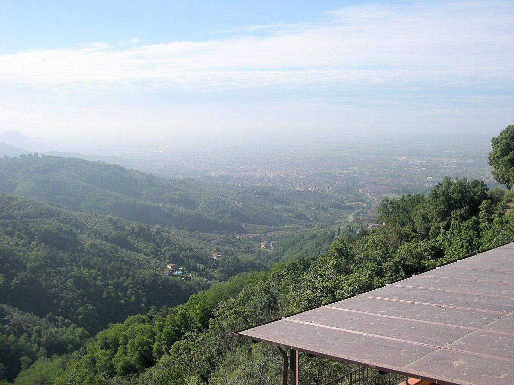 Appartamento in vendita a Massa e Cozzile, 5 locali, prezzo € 219.000 | Cambio Casa.it
