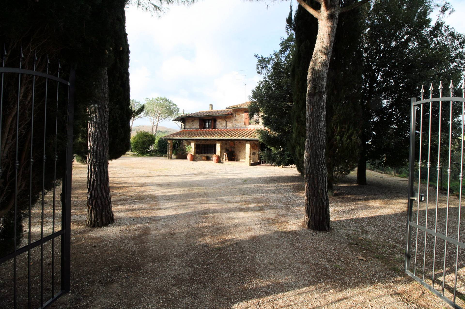 Azienda Agricola in vendita a Castiglione della Pescaia, 7 locali, prezzo € 780.000   Cambio Casa.it