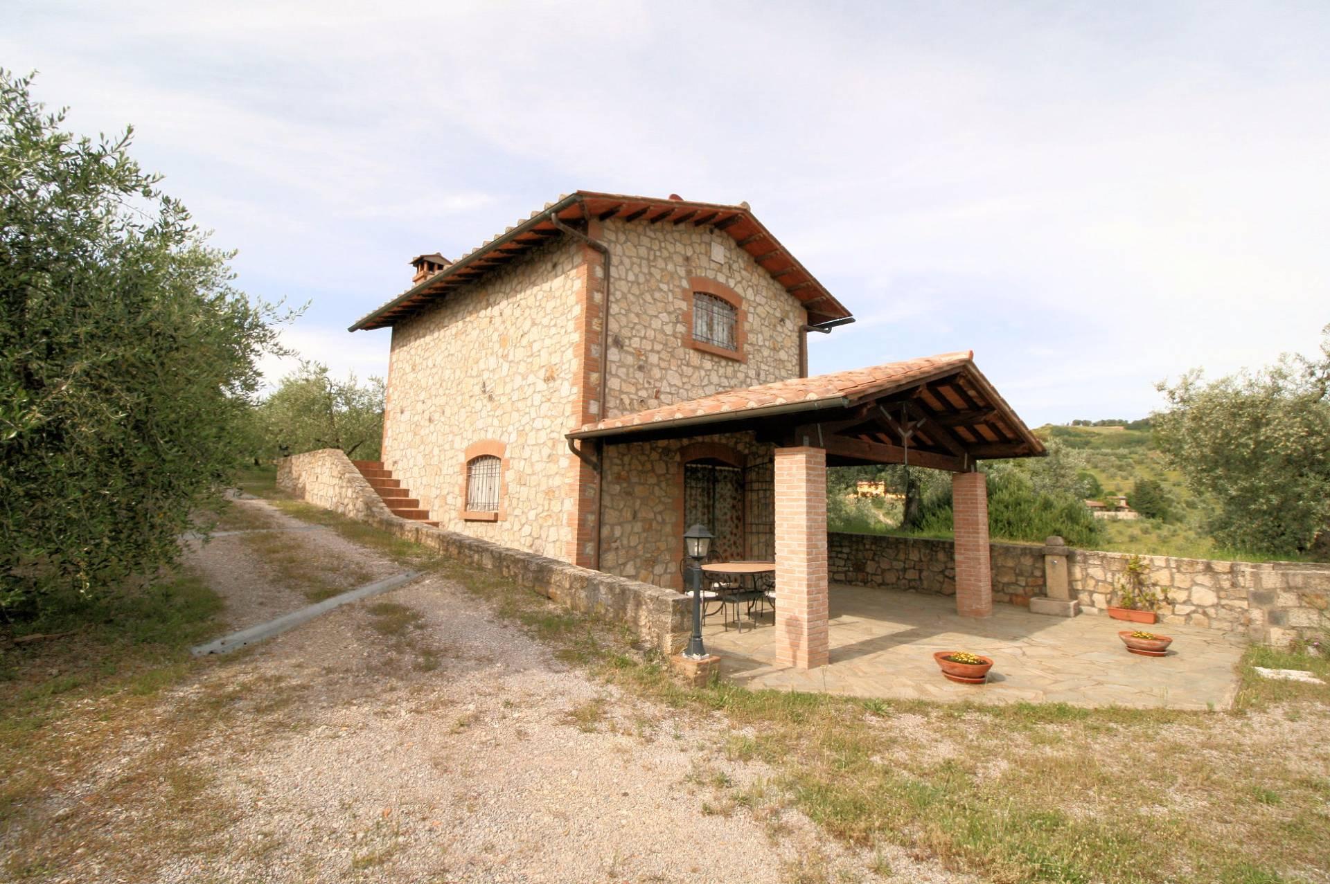 Rustico / Casale in vendita a Roccastrada, 4 locali, prezzo € 280.000 | Cambio Casa.it