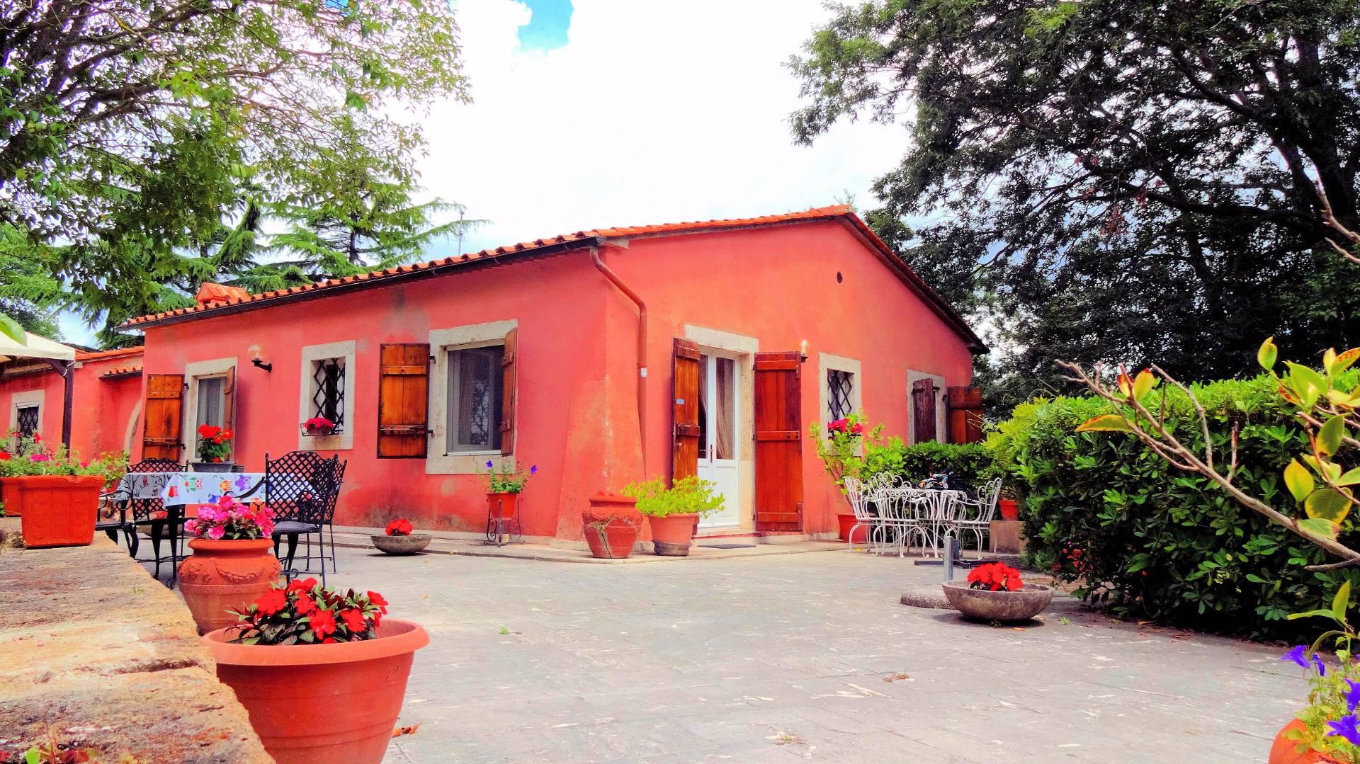 Villa in vendita a Manciano, 10 locali, prezzo € 530.000 | Cambio Casa.it