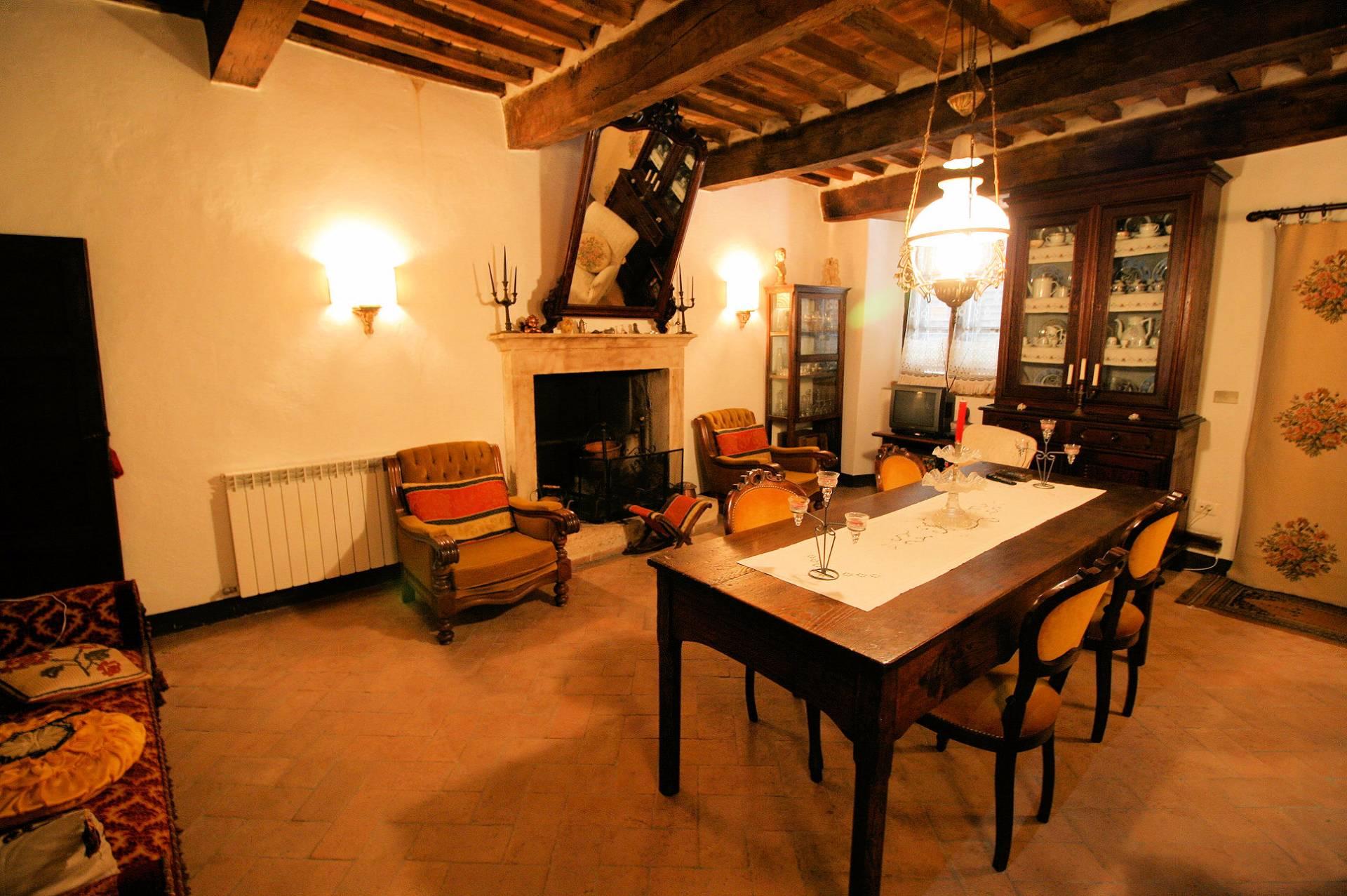 Altro in vendita a Manciano, 8 locali, zona Zona: Montemerano, Trattative riservate | CambioCasa.it