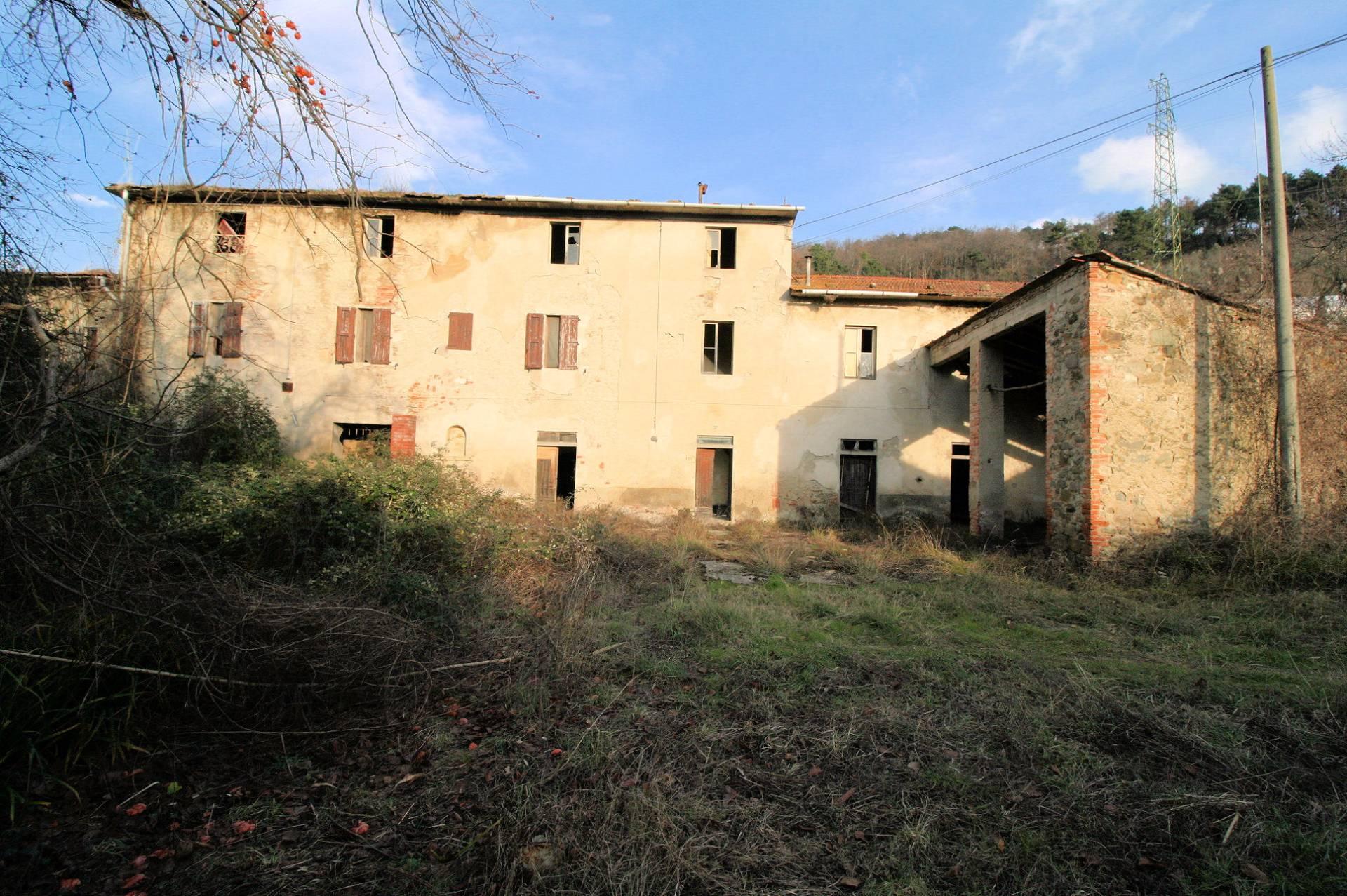 Rustico / Casale in vendita a Pistoia, 34 locali, Trattative riservate   Cambio Casa.it