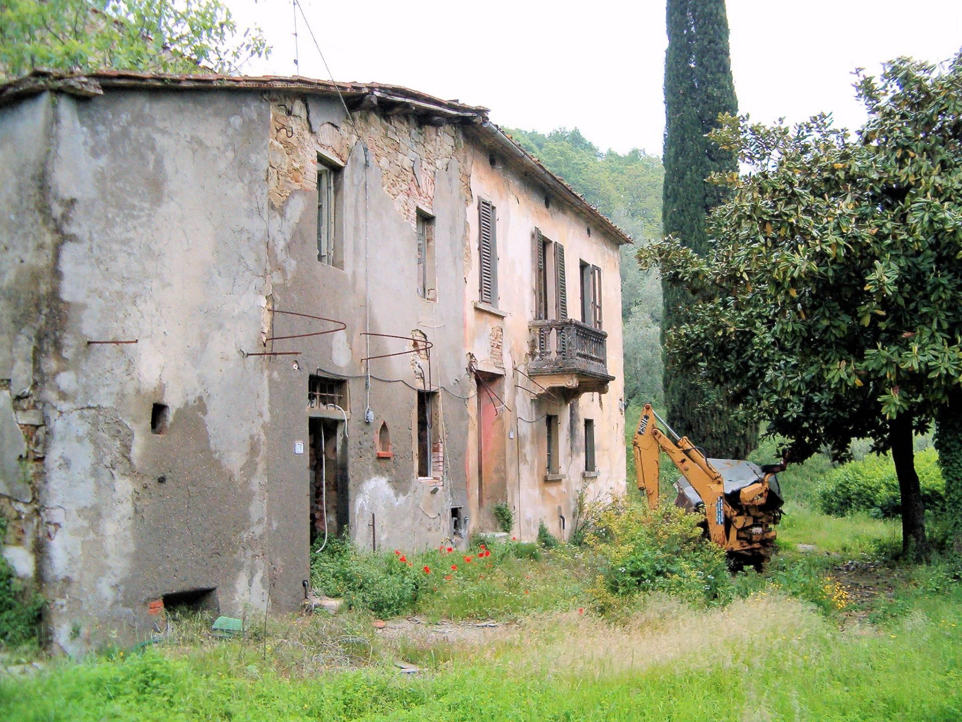 Rustico / Casale in vendita a Pistoia, 20 locali, Trattative riservate   Cambio Casa.it