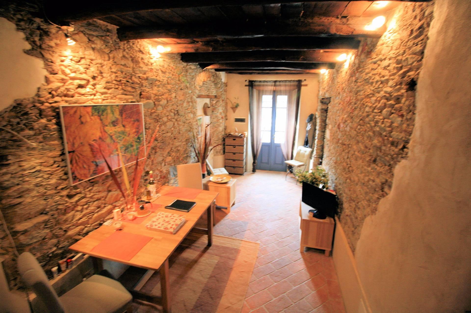 Rustico / Casale in vendita a Pietrasanta, 3 locali, prezzo € 249.000 | Cambio Casa.it