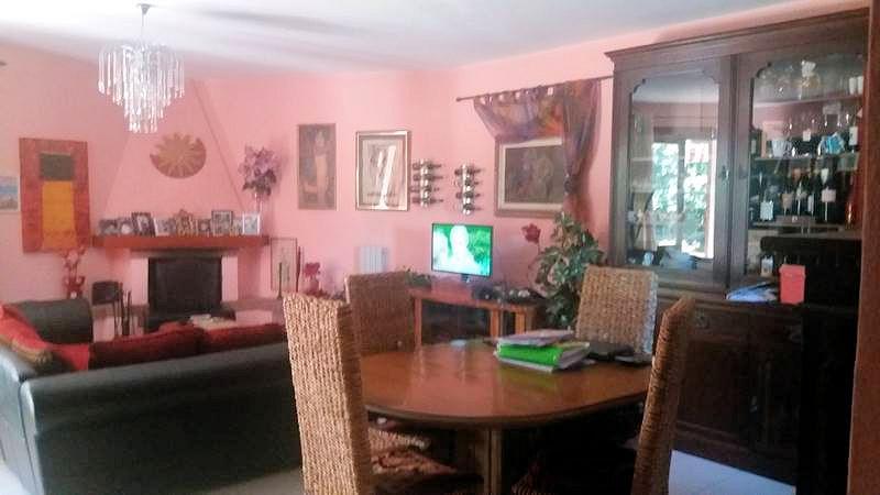 Villa Bifamiliare in vendita a Follonica, 7 locali, prezzo € 440.000   Cambio Casa.it