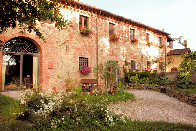 Rustico / Casale in vendita a Fauglia, 7 locali, prezzo € 449.000 | PortaleAgenzieImmobiliari.it