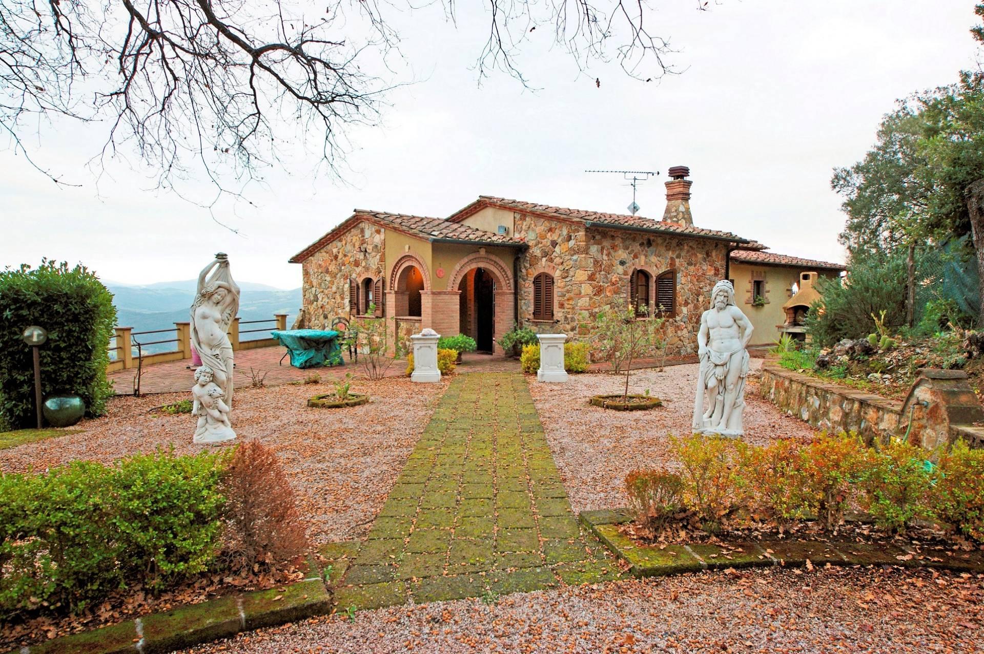 Rustico / Casale in vendita a Montecatini Val di Cecina, 8 locali, prezzo € 460.000 | PortaleAgenzieImmobiliari.it