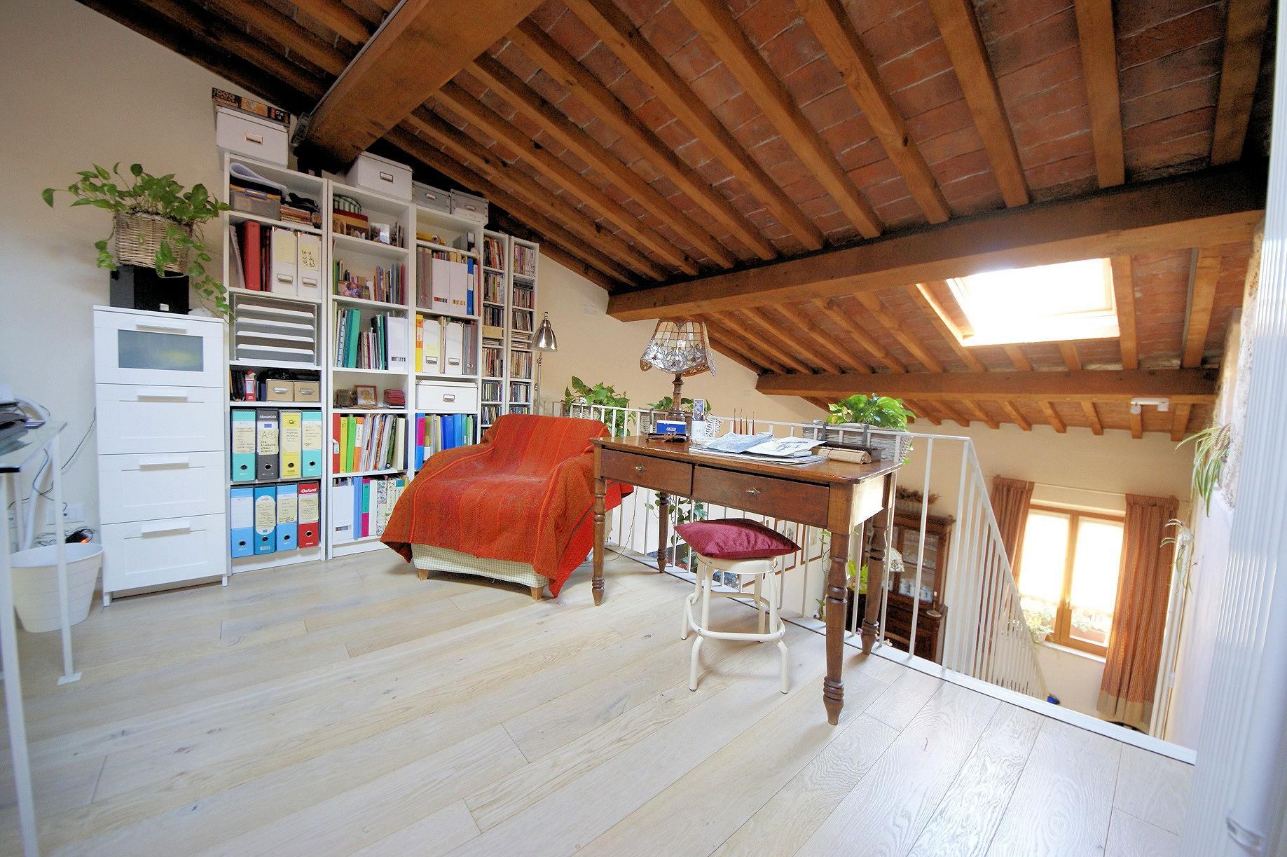Appartamento in vendita a Pisa, 5 locali, prezzo € 430.000 | PortaleAgenzieImmobiliari.it