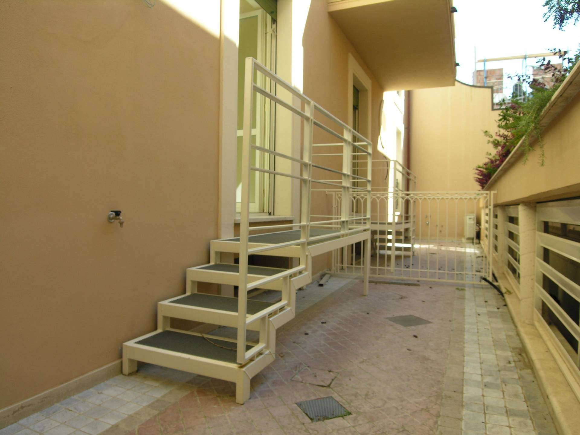 Appartamento in vendita a Viareggio, 5 locali, prezzo € 445.000   PortaleAgenzieImmobiliari.it
