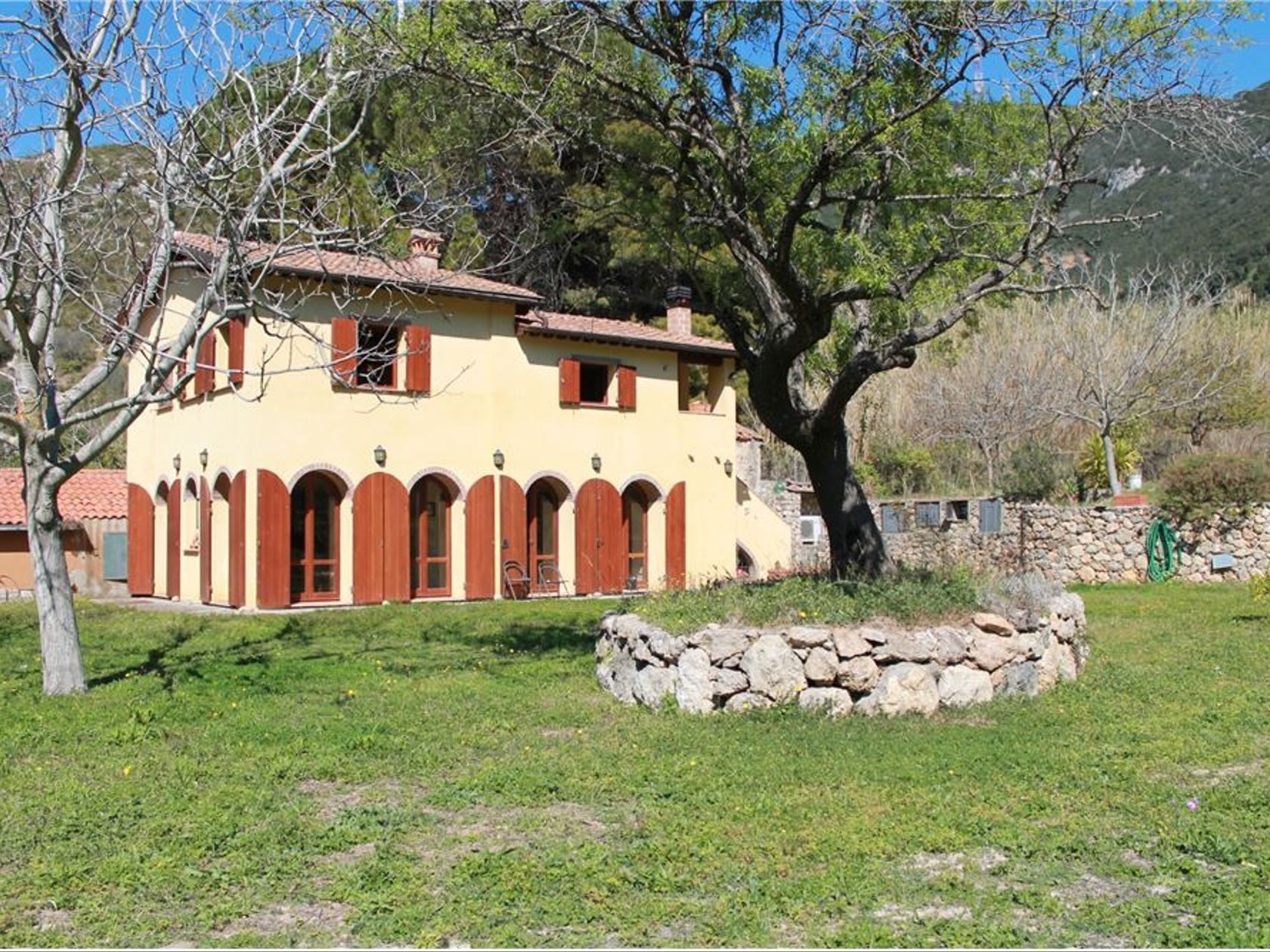 Rustico / Casale in Vendita a Monte Argentario