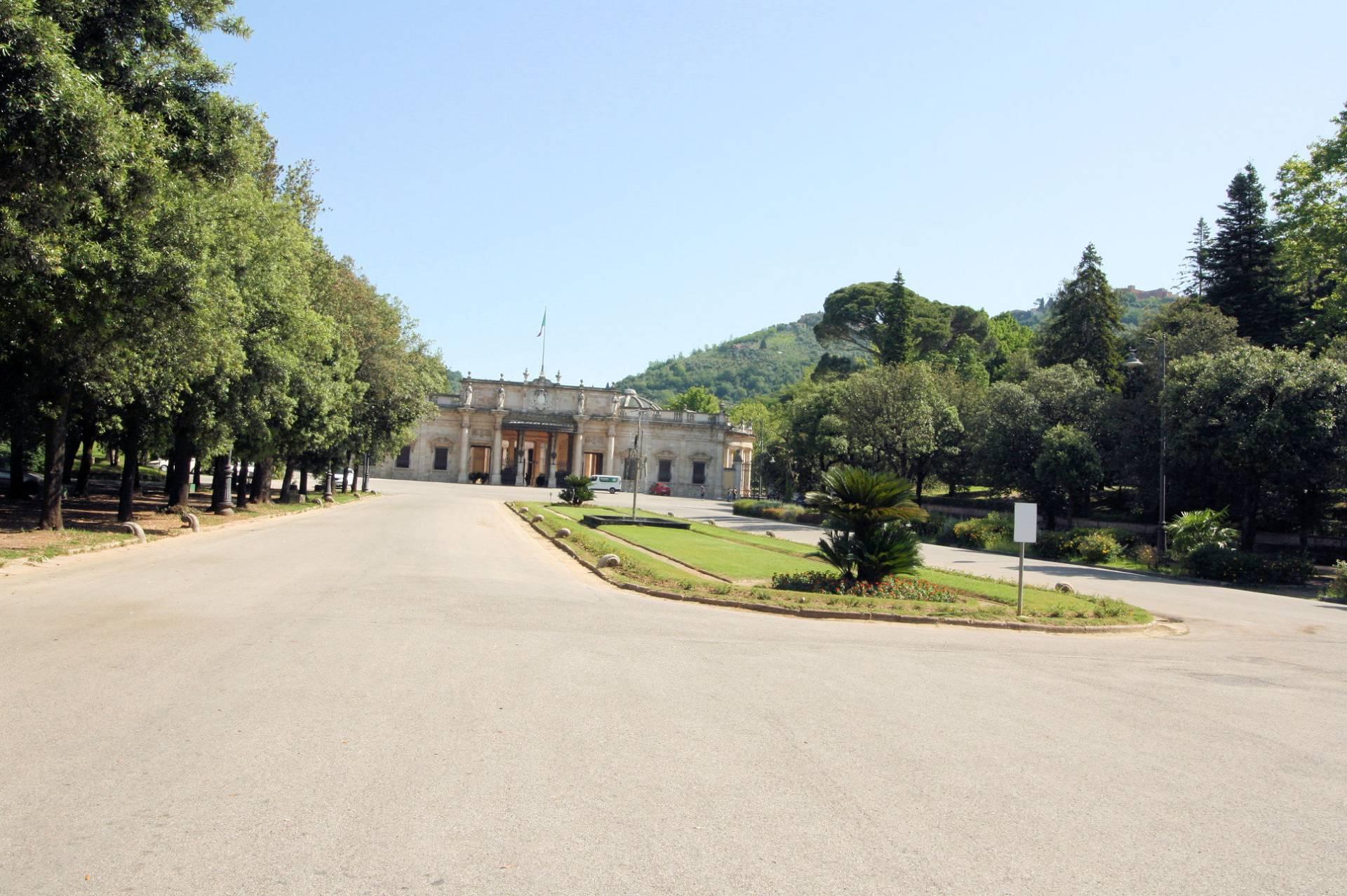 Albergo in vendita a Montecatini-Terme, 75 locali, Trattative riservate | CambioCasa.it