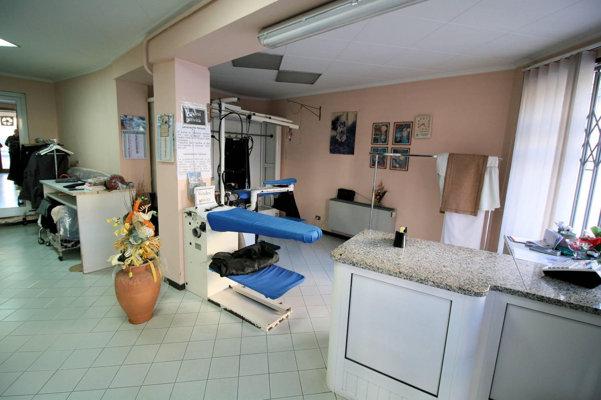 Attività / Licenza in vendita a Chiesina Uzzanese, 9999 locali, prezzo € 14.900 | CambioCasa.it