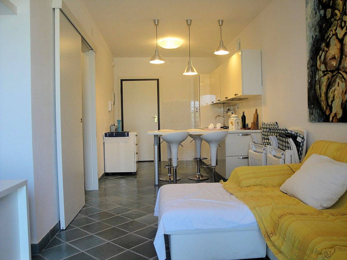 Appartamento in vendita a Scarlino, 3 locali, zona Zona: Puntone, prezzo € 230.000   CambioCasa.it