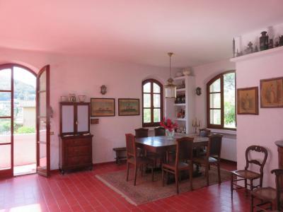 Villa singola a Rio Marina (4/5)