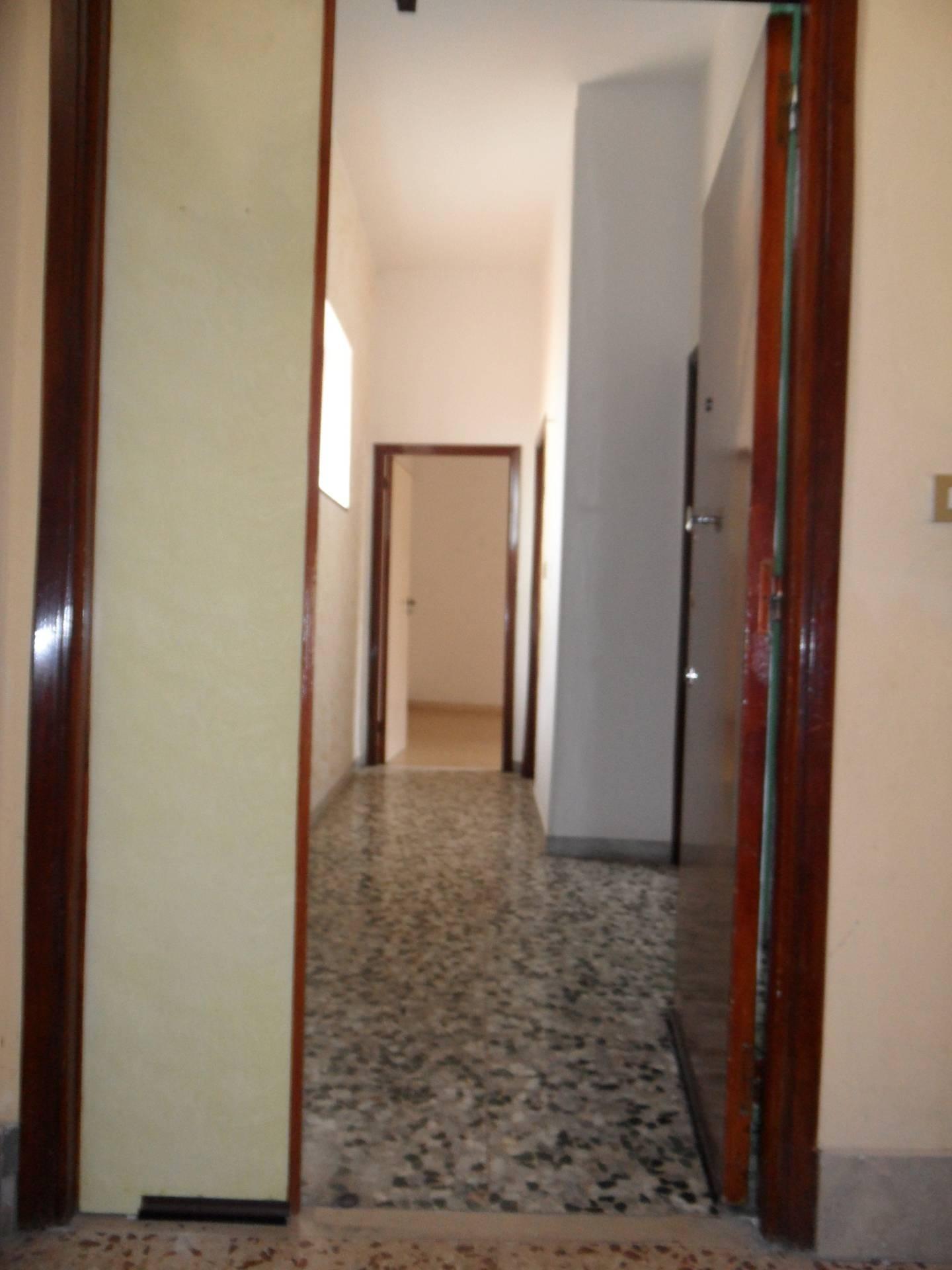 vendita appartamento termoli centro  117000 euro  6 locali  100 mq